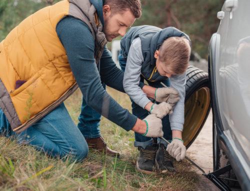 Warum mir wichtig ist, dass meine beiden Söhne Reifen wechseln können